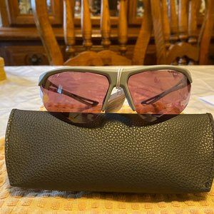 Nike Gray Wrap Sunglasses NWT Talwino Swift